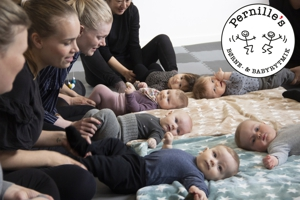 Babymotiv med logo normal300